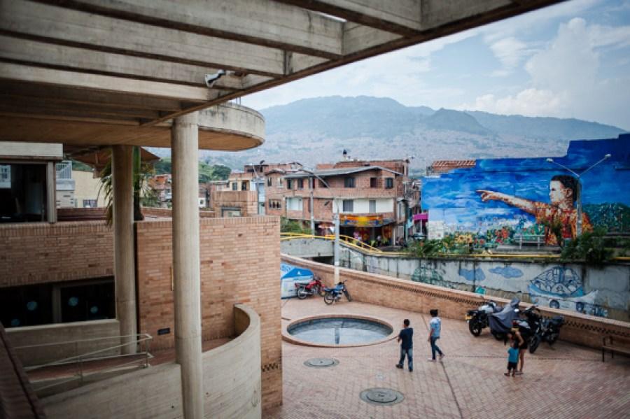 Guía Bacánika de Medellín - Volumen 1, por Federico (http://FedericoRuiz.com) y Carlos Tobón Franco (http://tobonfranco.com).