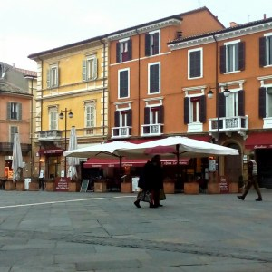 Ravenna-Piazza del Popolo- Performance13- Onico Giannetta