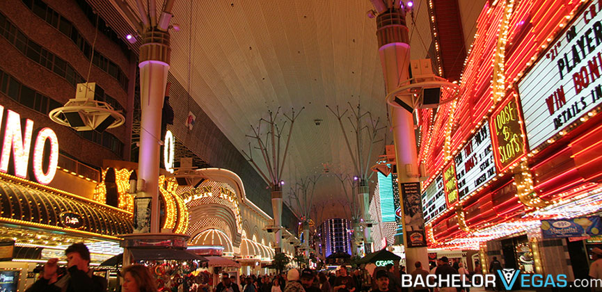 The wynn las vegas, a lavish recent arrival to the scene, is separated from the strip by its own artificial mountain. Halloween Las Vegas Echo Date Y Events Parade