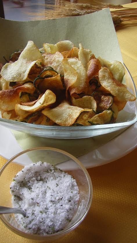 Chips Di Patate E Zucchine Sale Al Sedano Baciami In Cucina