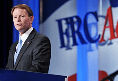 FRC's Tony Perkins Cheers Trump's Anti-Gay Diplomat Visa Policy