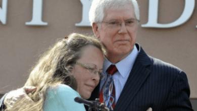 Kim Davis, Kentucky Anti–Gay Marriage Clerk Loses Re-Election Bid