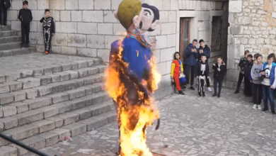 Gay Couple w/Child Burnt in Effigy at Croatia Carnival as Crowd Cheered
