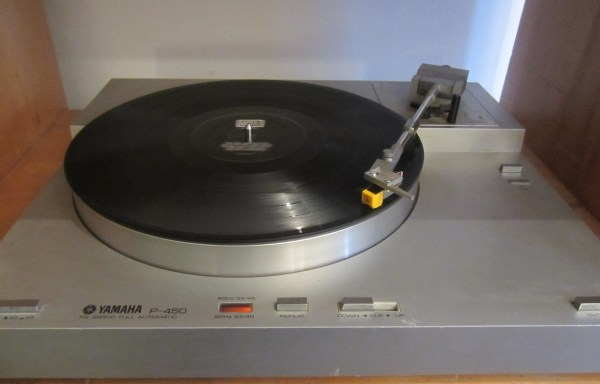 -SOLD- Yamaha P-450 Turntable