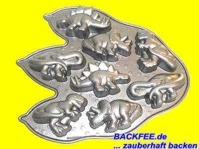 Dinosaurier Backform 8teilig von Nordic Ware  Backfeede