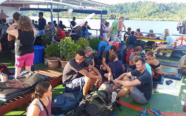 Le ferry des Togians
