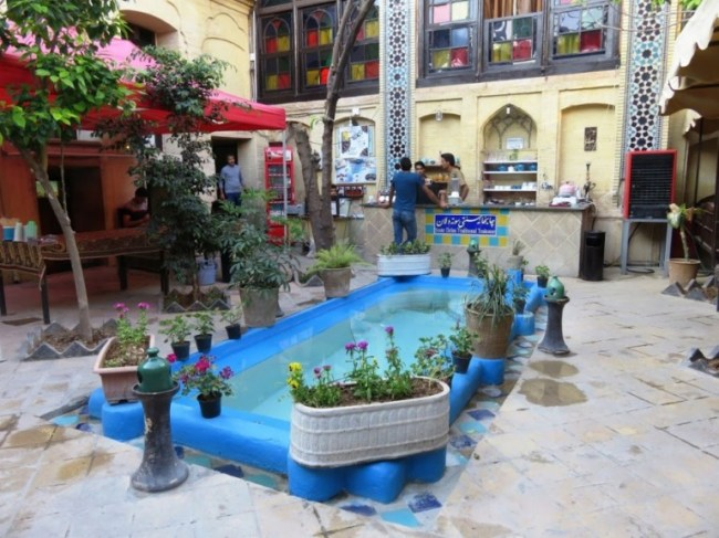 Niayesh boutique hostel in Shiraz