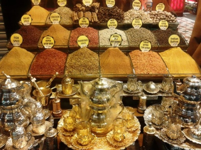 spices at the grand bazaar in Istanbul