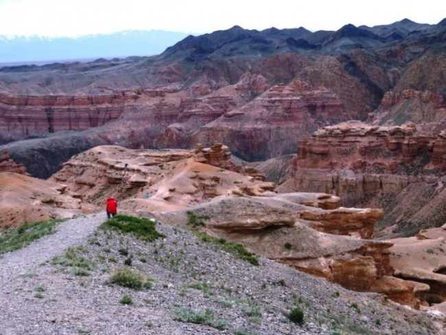 Charyn canyon near Almaty Kazakhstan is a highlight when backpacking Kazakhstan