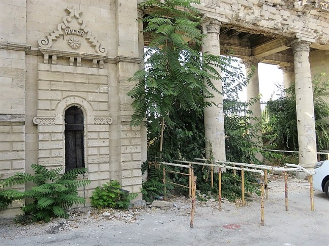 the entrance of the abandoned stadium in Chisinau