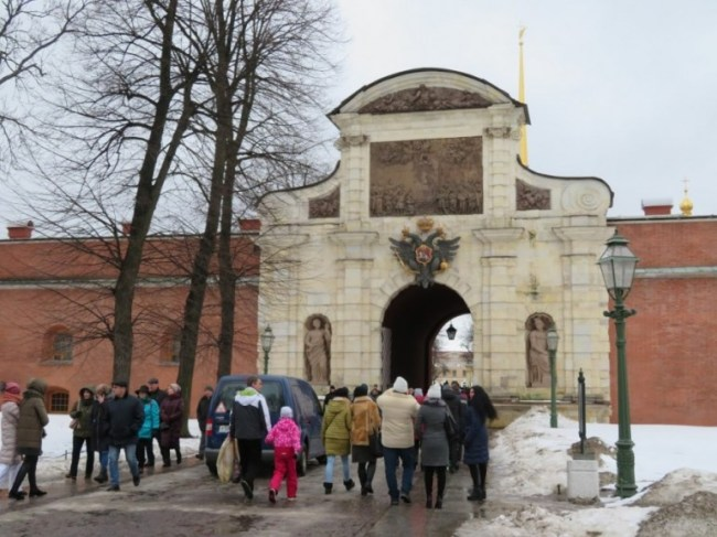 Entrance to the Peter and Paul fortress
