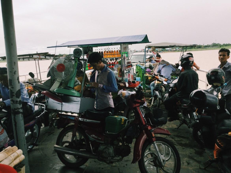 Kampong Chamlong Ferry