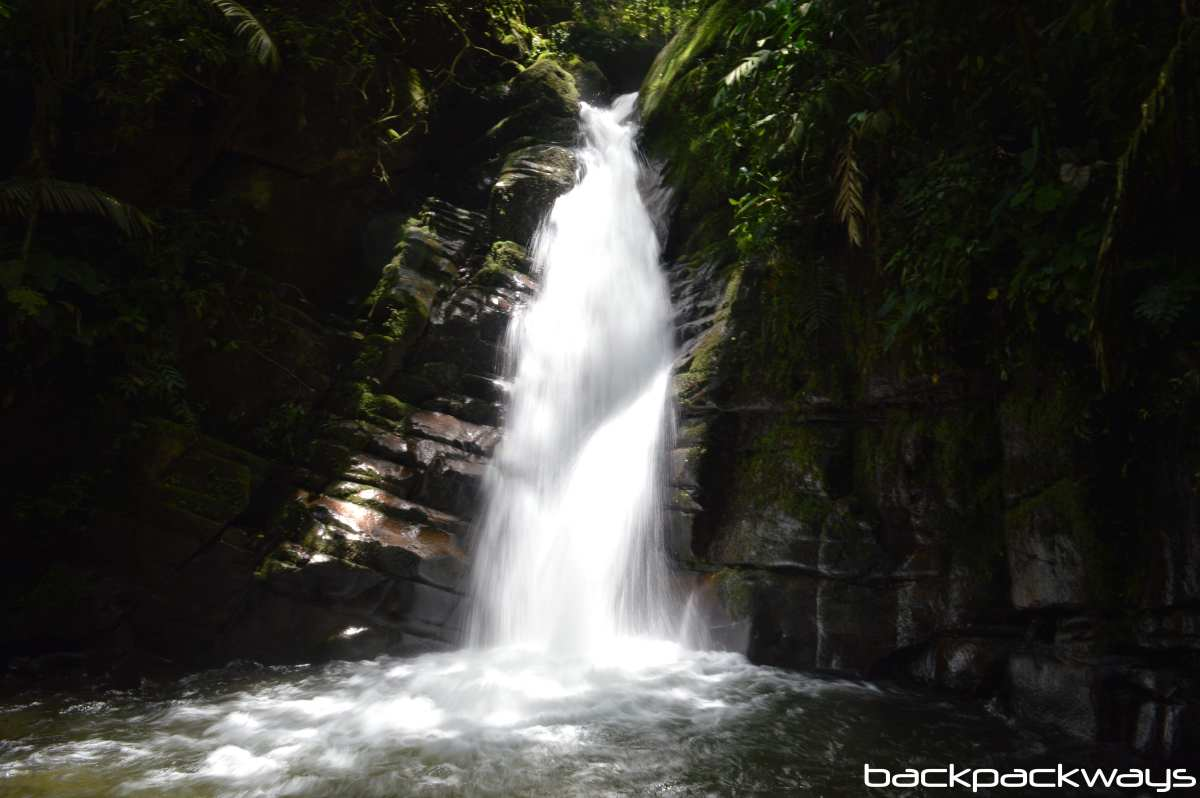 Waterfall Colombia Salento Backpackways
