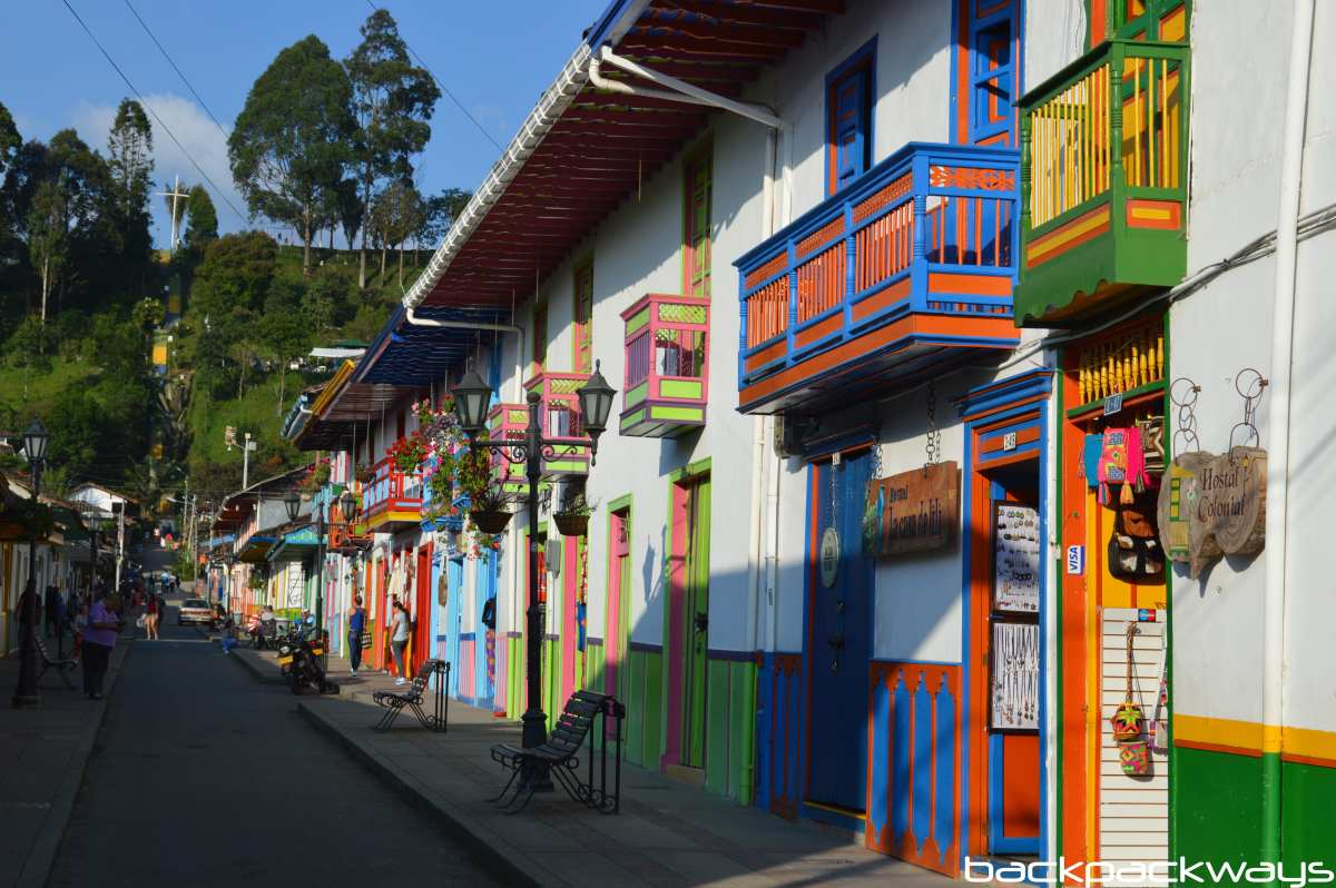 Calle Real Salento Colombia - Backpackways