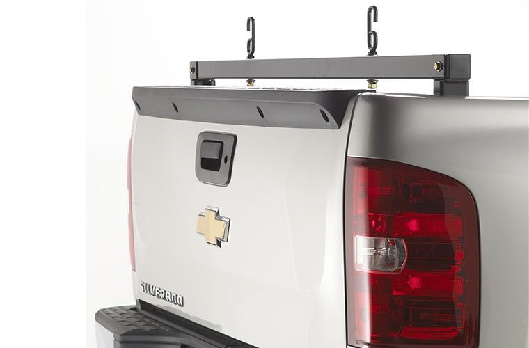 truck bed accessories rear bar