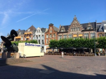 Haarlem's Grote Markt, or town square.