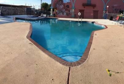 Big Texan Amarillo Texas Swimming Pool