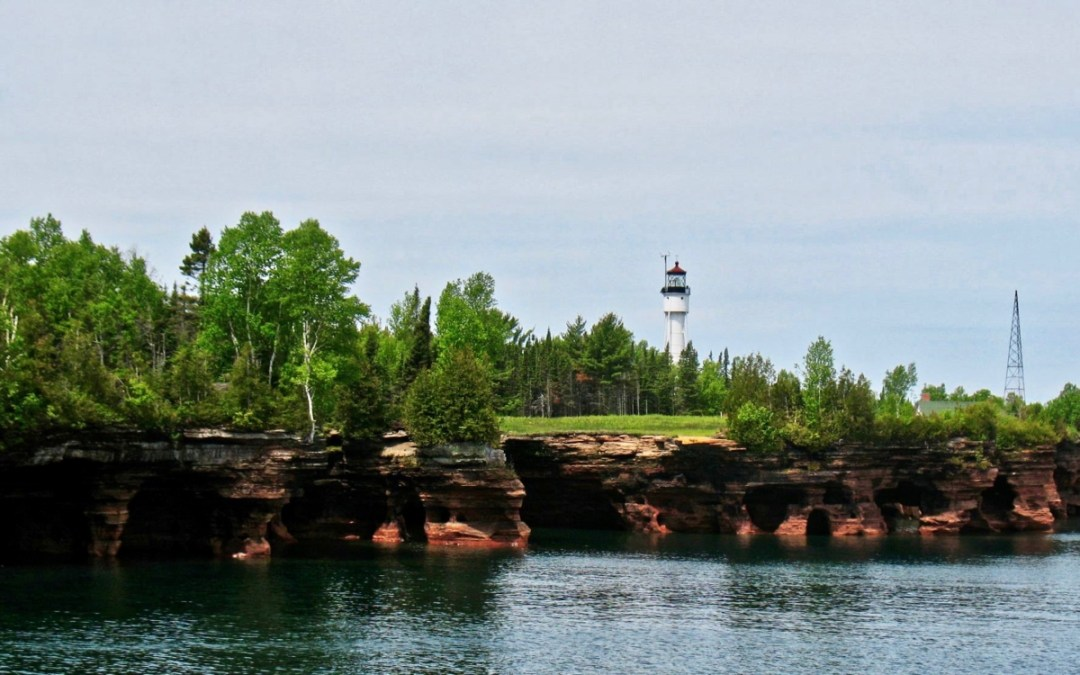 ApostleIslands Lighthouse - The Great Lakes Tour: A Circle Road Trip Itinerary