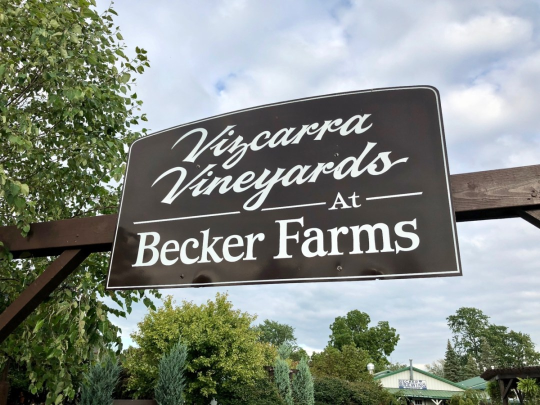 Becker Farms sign - 3 Awe-Inspiring Niagara Falls USA Attractions