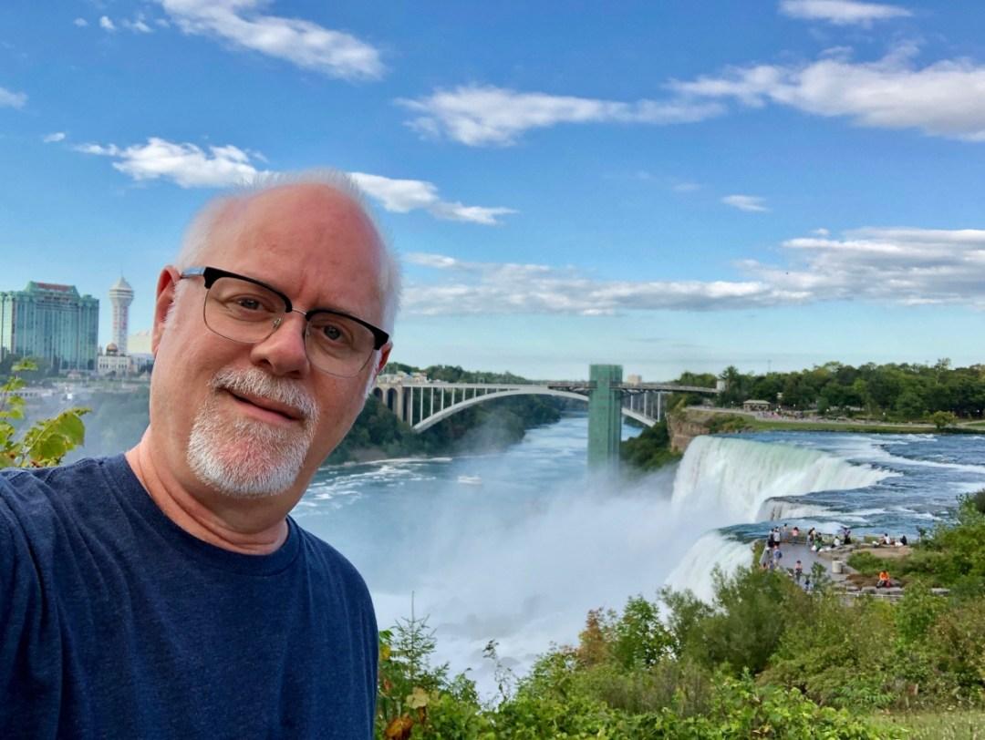 Niagara Falls selfie - 3 Awe-Inspiring Niagara Falls USA Attractions