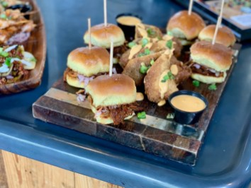 Hops Kitchen sliders