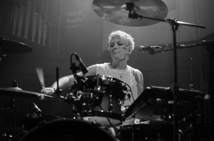 Honeyblood on stage at Saint Lukes Glasgow December 2016
