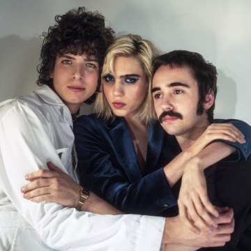 Promo image of Sunflower Bean for Crisis Fest single