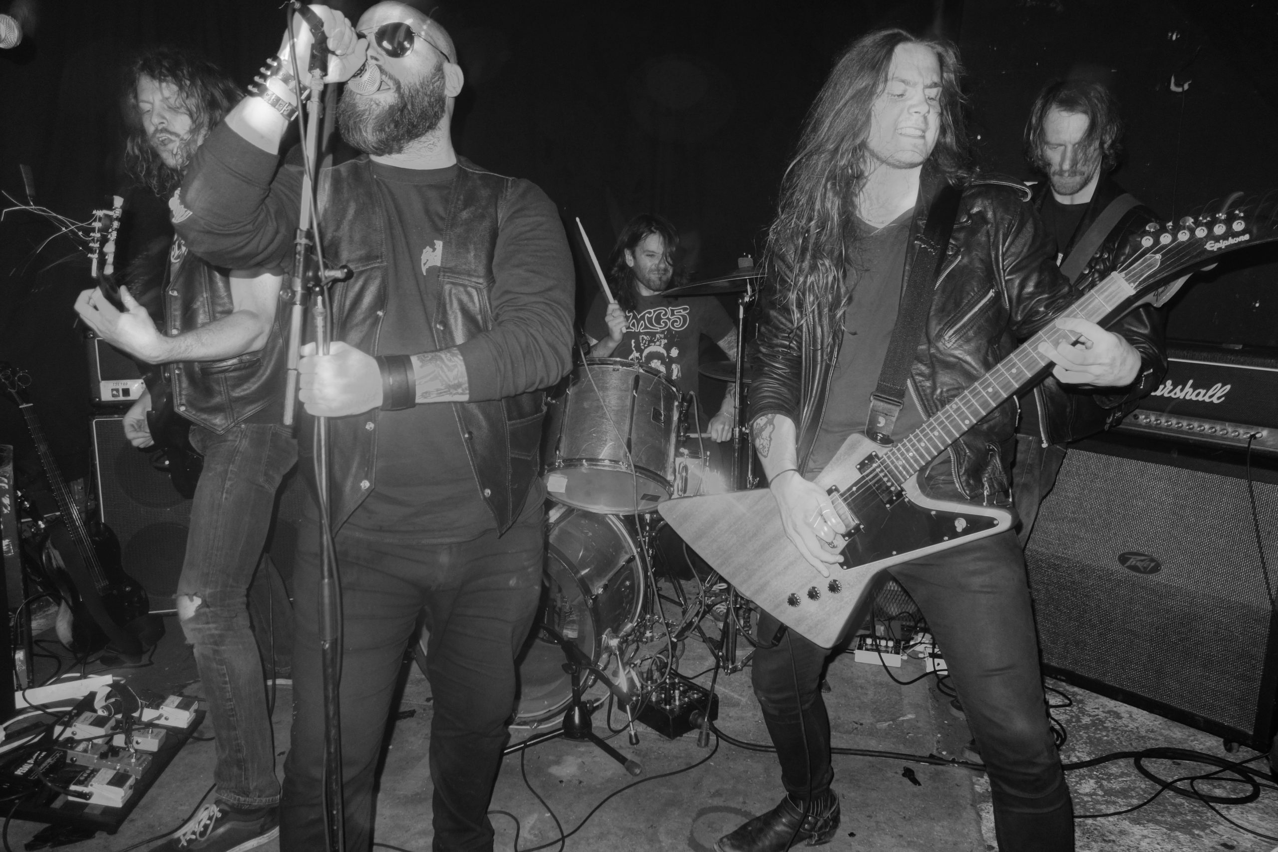 Track: HEAVY SENTENCE premiere new track and set release date for DYING VICTIMS debut