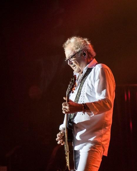Mick Jones Image - Brian Tierney / BackStage360