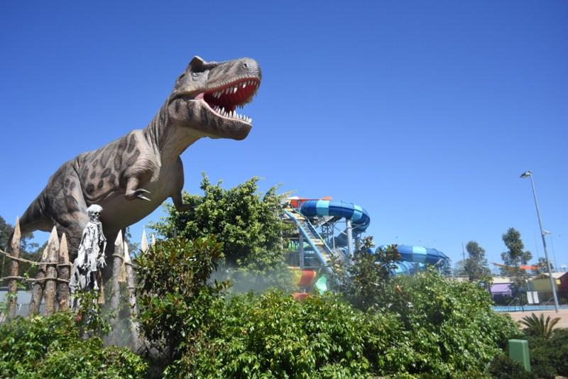 Tyrannasaurus at Dinosaur Lagoon, Wet n Wild Sydney