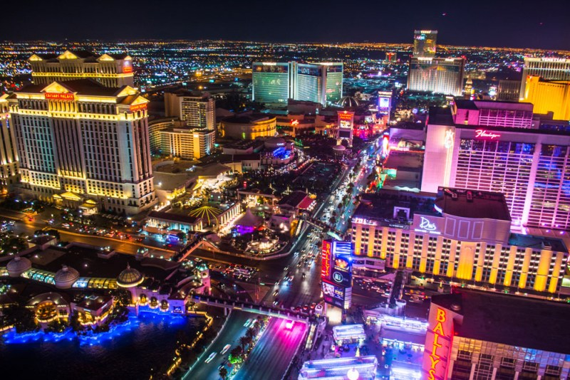 Las Vegas The Ultimate Guide To Drinking Gambling And