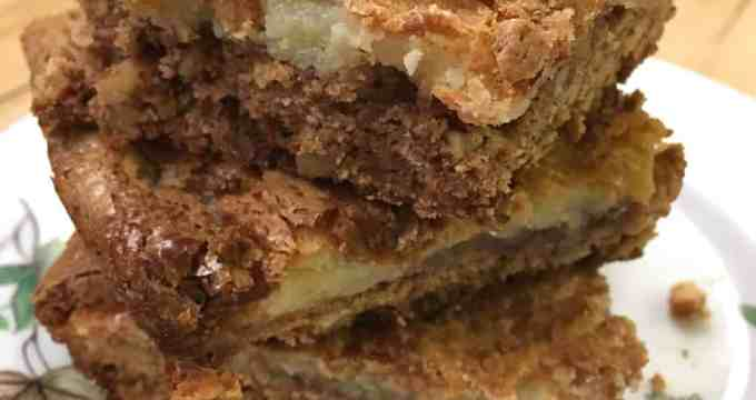 Spice Cake Pecan Chess Squares