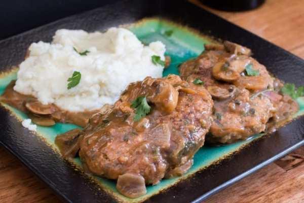 Salisbury Steak and Gravy - The Bearded Hiker