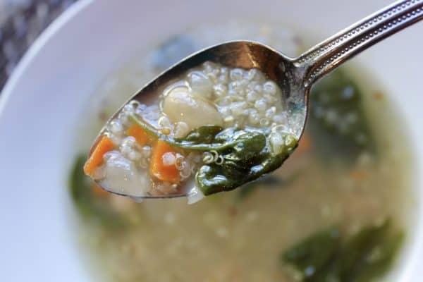 Quinoa Spinach Soup - Magnolias and Meltdowns