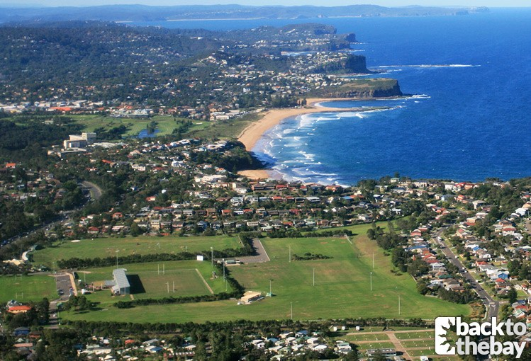 Summer Bay Stingers Ground