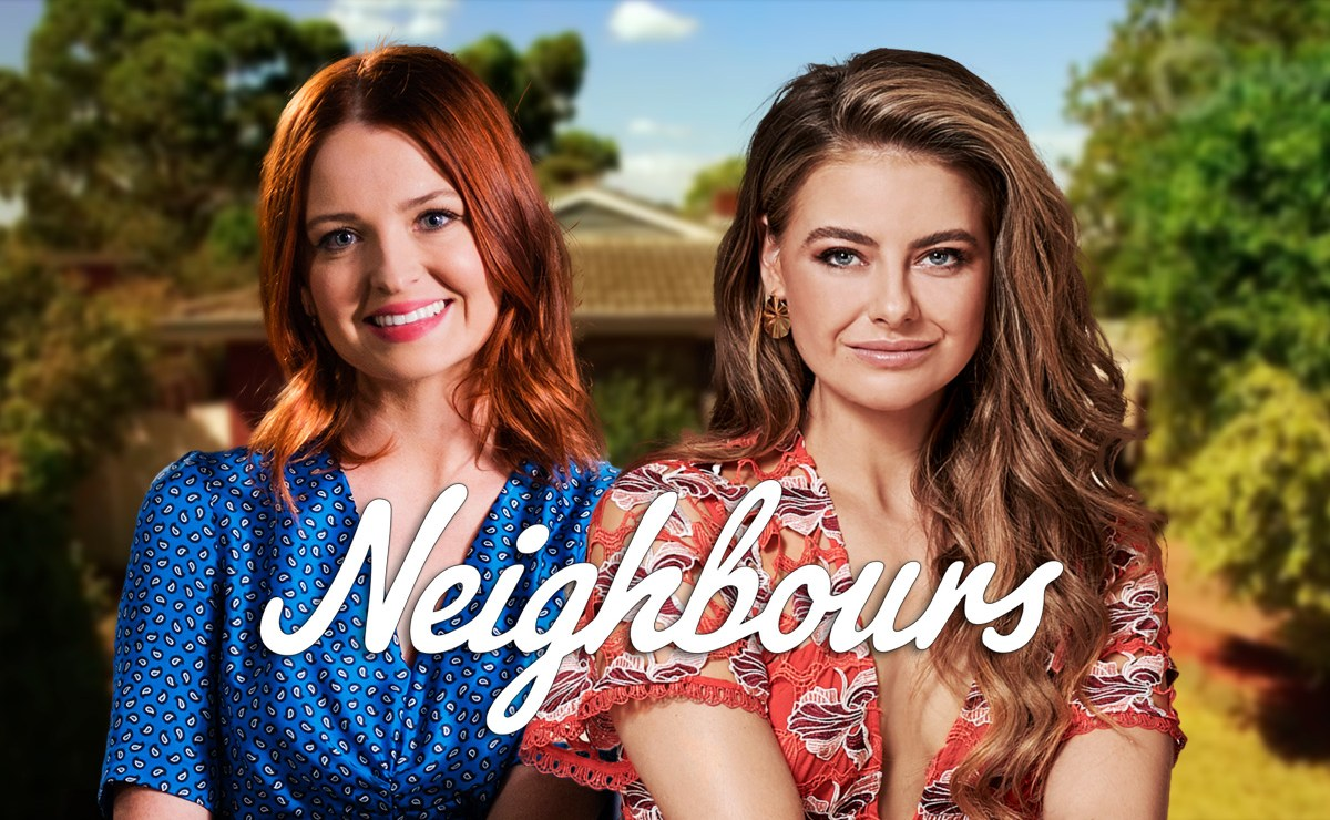 Neighbours Spoilers –Chloe and Nicolette share a kiss as Chloe confesses her feelings