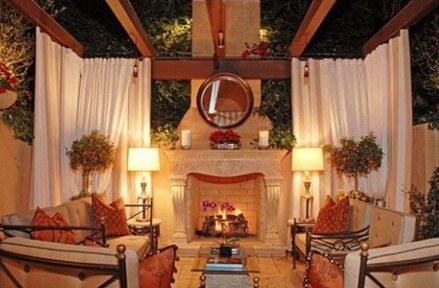 7 Backyard DIY Projects For Fall & Winter Backyard Buildings