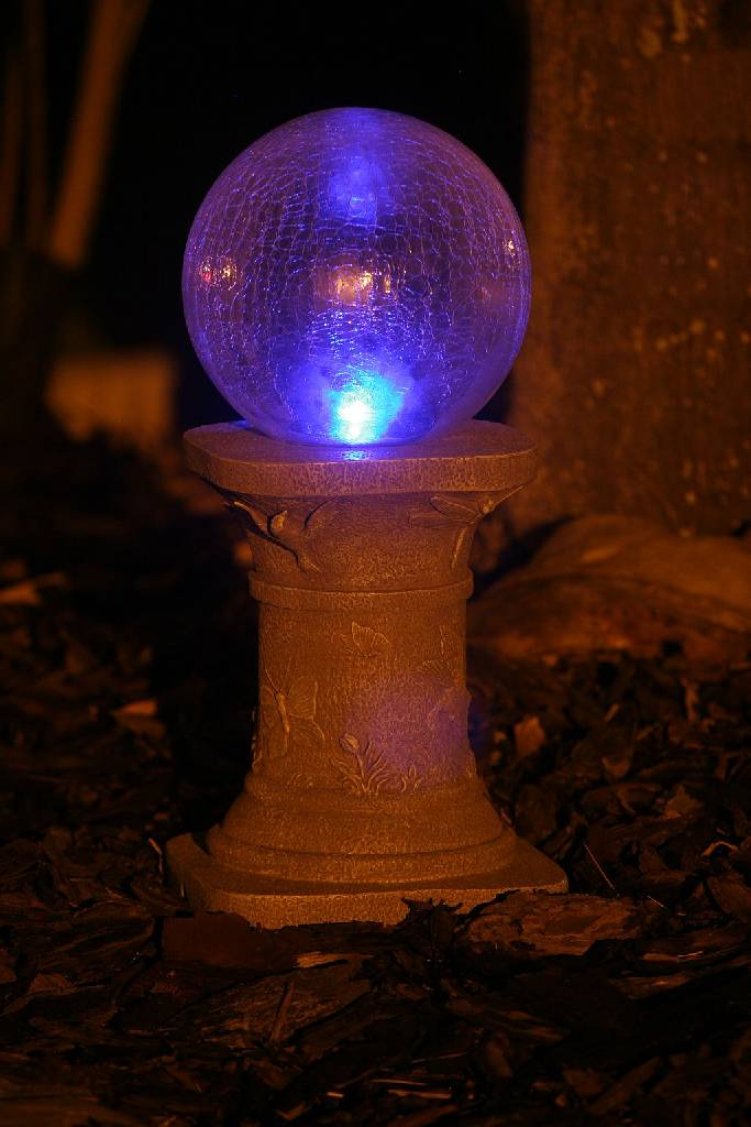Solar Chameleon Gazing Ball  Pedestal with Crackled Glass