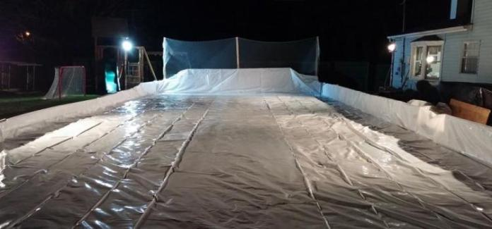 Choosing your Rink Liner