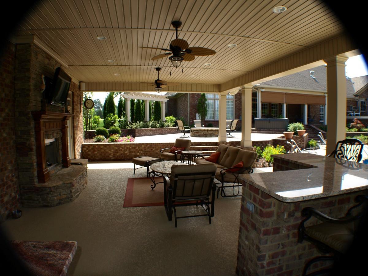 Swimming Pools  Backyard Resorts  Backyard Living Nashville