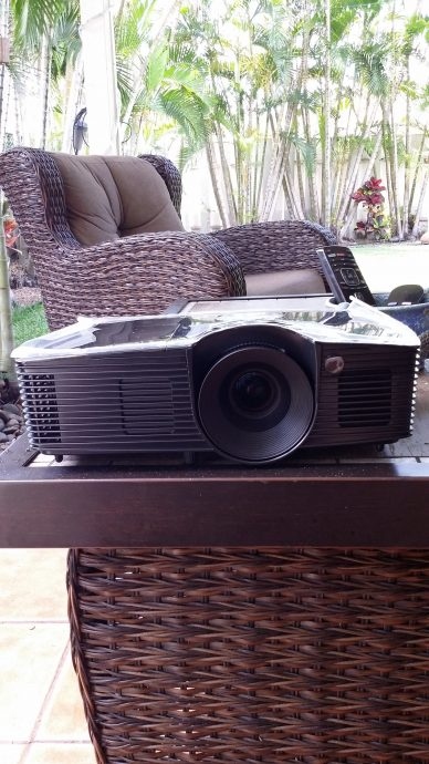 Optoma Hd141x The Best Backyard Projector Backyard Movies