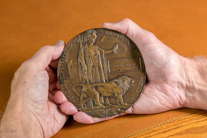 Memorial Plaque or medal for soldiers who died in the Great War