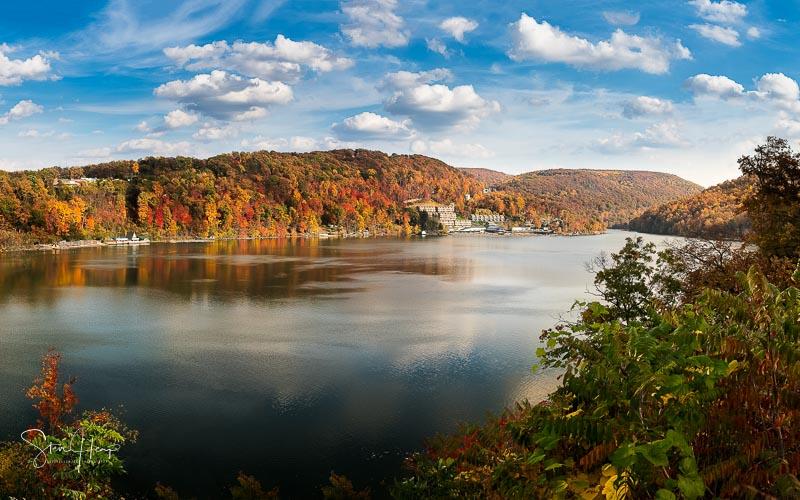 Fall colors on Cheat Lake Morgantown