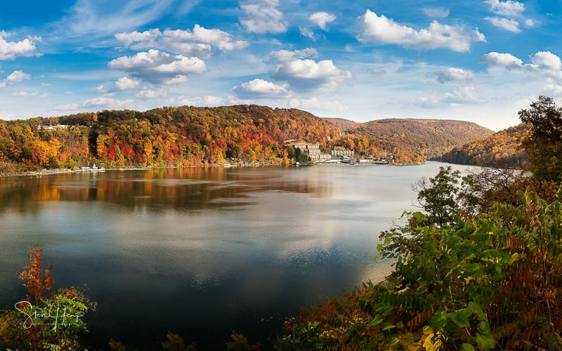 Fall colors on Cheat Lake Morgantown