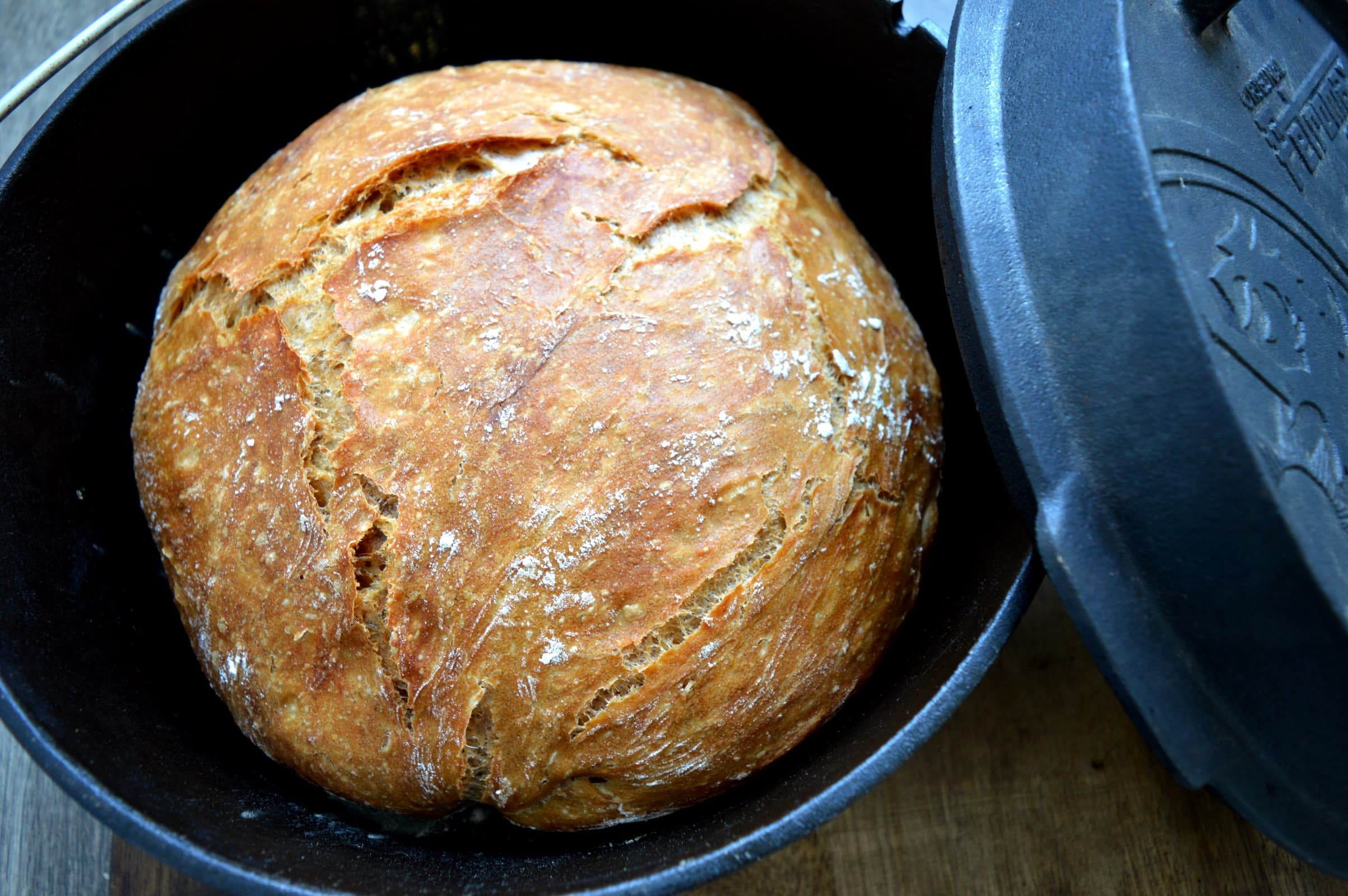 Krustenbrot Aus Dem Dutch Oven Bacon Zum Steak