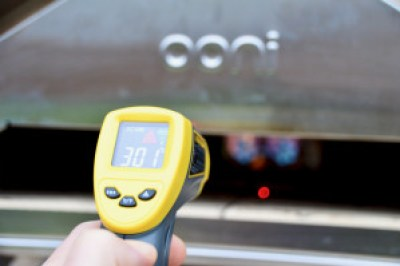 Ooni Pro Pizzaofen Infrarotthermometer
