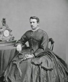 drag-queen-victoriana