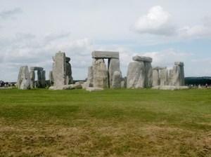 Stonehenge: the 'noteworthy ball-like shrine' of Diodoros?