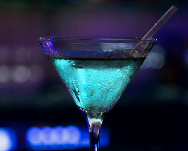 Colorful alcoholic drinks (32 Photos) 1