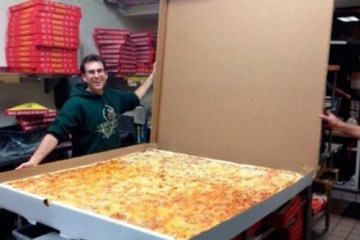 extra large pizza